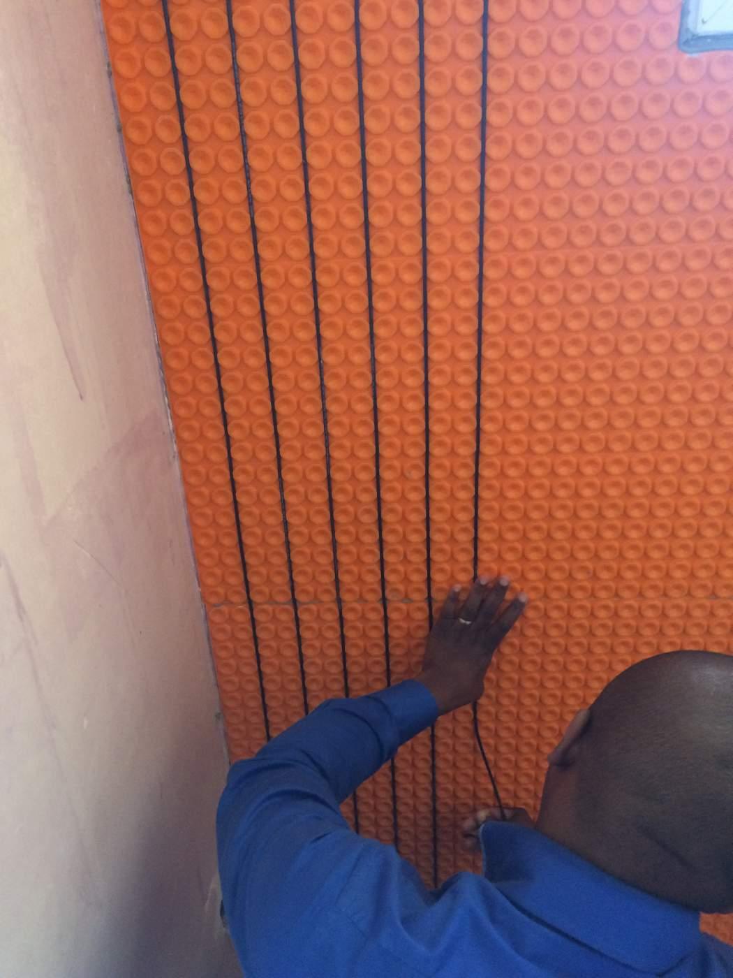 Vente de chauffage mural l ctrique pour salle de bains aix en provence 13100 - Chauffage salle de bain mural ...