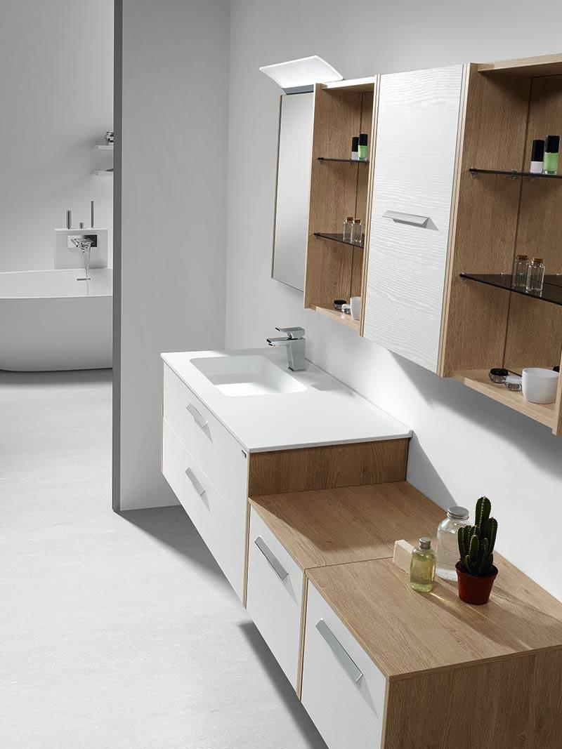 Meuble suspendu en bois blanc pour salle de bains for Manon leblanc salle de bain
