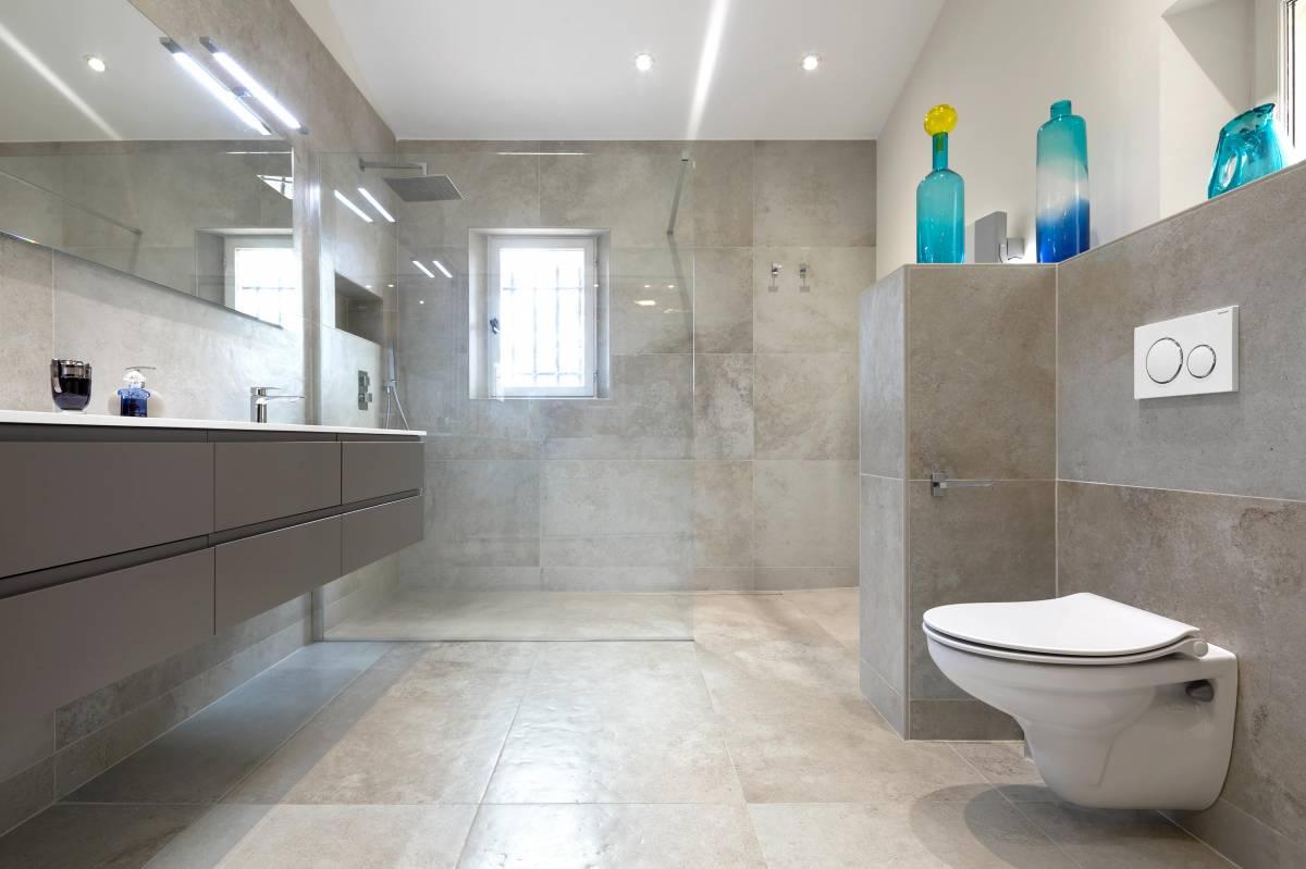Salle de bains ultra moderne douche italienne aix en - Salle de bain a l italienne moderne ...