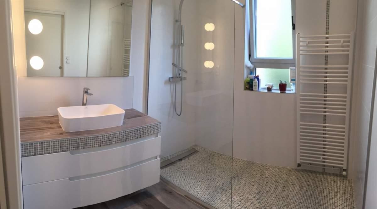 nouvel agencement et aménagement d'une salle de bains sur aix en