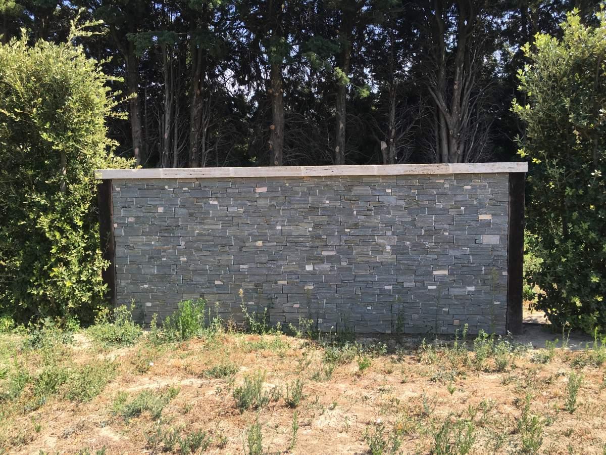 vente de pierres de parements pour murs int rieurs ou ext rieurs eguilles carrelage int rieur. Black Bedroom Furniture Sets. Home Design Ideas