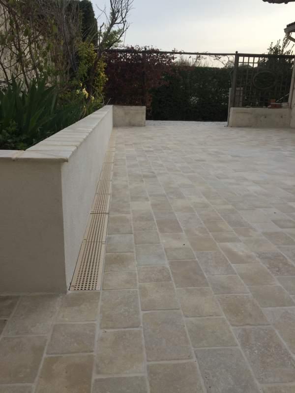 Terrasse en pav s de montfort longueur libre carrelage - Temps de sechage ciment ...