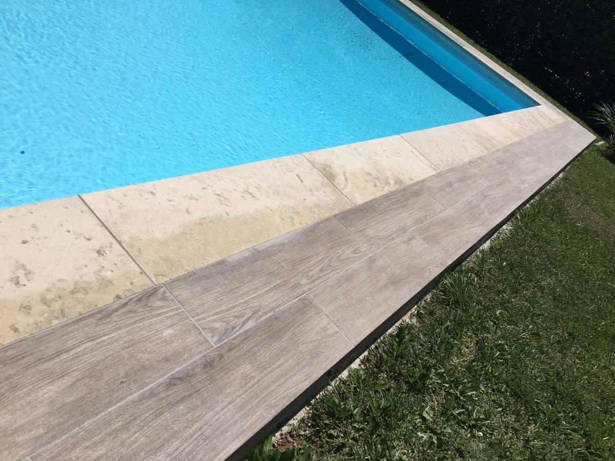 Vente et pose de margelles de piscine en pierre sur for Piscine 5575