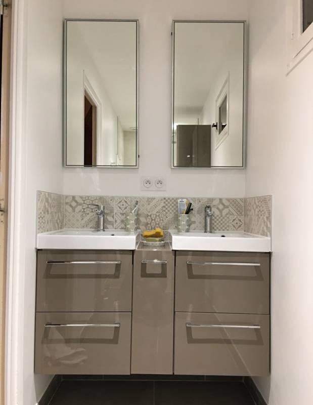 Salle d 39 eau pour espace r duit avec douche italienne aix en provence ca - Meuble espace reduit ...