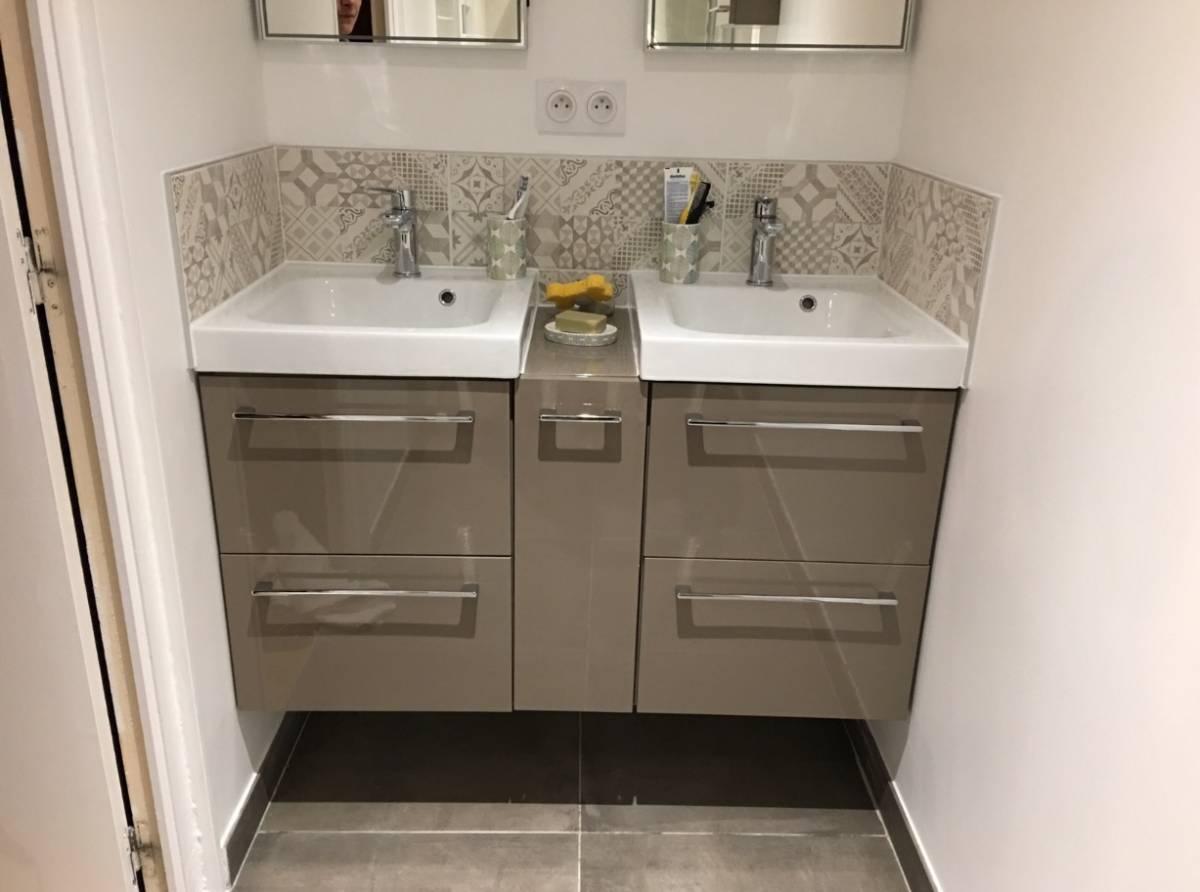 Salle d 39 eau pour espace r duit avec douche italienne aix - Salle d eau douche italienne ...
