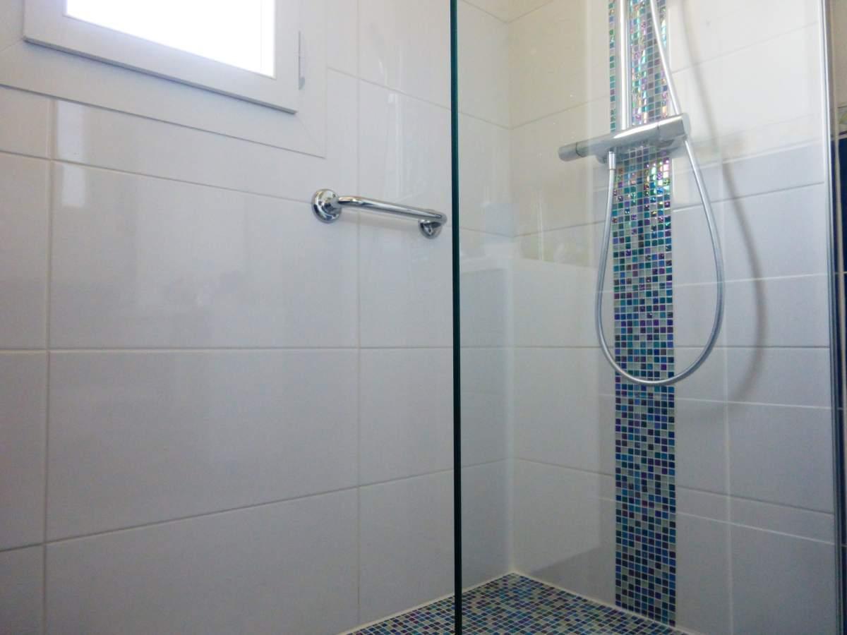 mosa que pour douche l 39 italienne bouche du rh ne carrelage int rieur et ext rieur eguilles. Black Bedroom Furniture Sets. Home Design Ideas